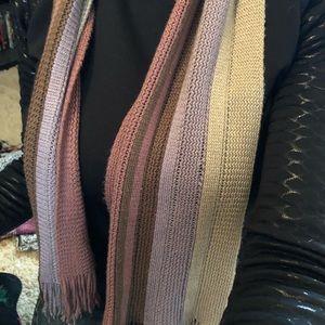 Purple knit scarf